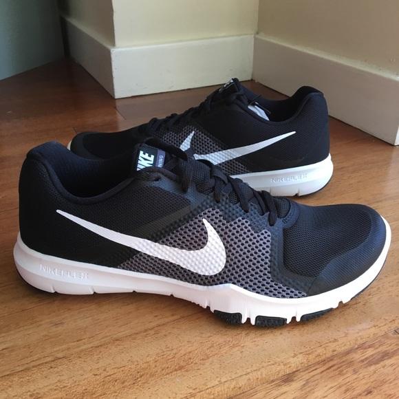 048866ca59b96 NEW - Nike Mens Flex Control 4E. Black White